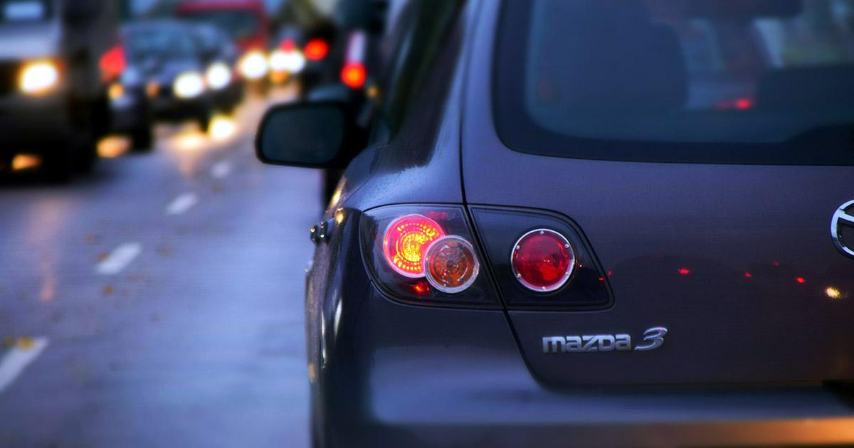 vozilo propisno udaljeno od očiju posmatrača