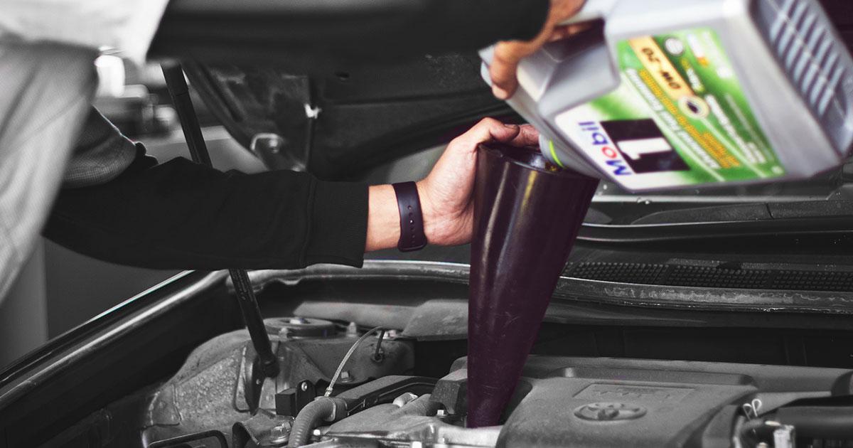 kako dosipati ulje u motor